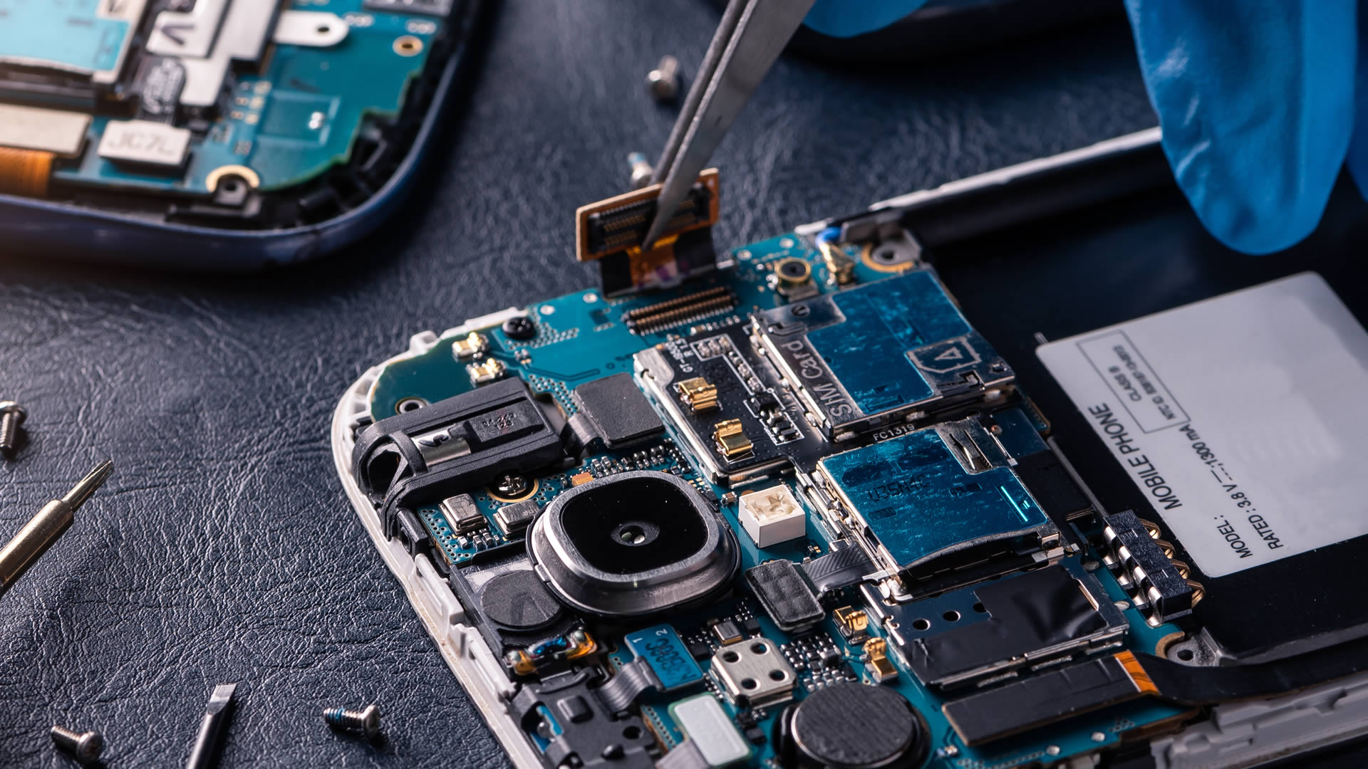 iPhone Samsung and Tablet Repairs in Saint Asaph